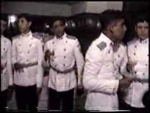 CADETES CMLP 37 PROM. AÑO 1983 EN REUNION