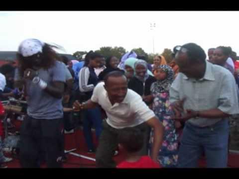 SEUKI   SOMALI MUSIC   XABIIB SHARAB  2010 IFTINFF avi 5