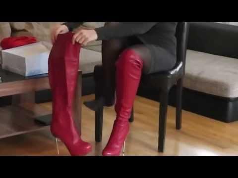 Danielas FashionCheck #022: Overknee-Stiefel/Kleid/Schminkkoffer (Boots/Dress/Vanity Case)