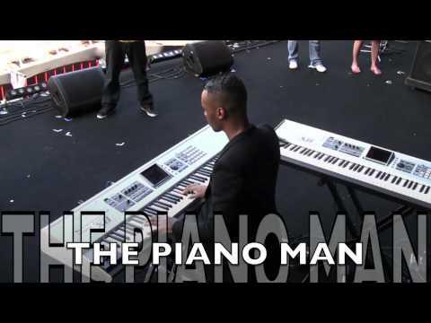 Akons Band Sound Checks in Brazilmov