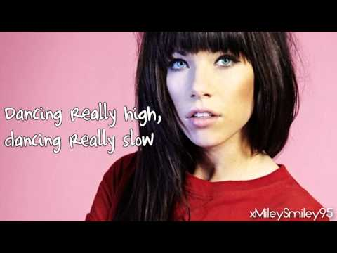 Carly Rae Jepsen – Tiny Little Bows
