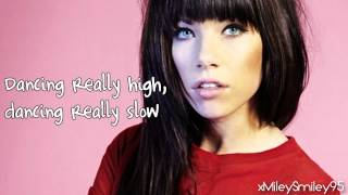 Watch Carly Rae Jepsen Tiny Little Bows video