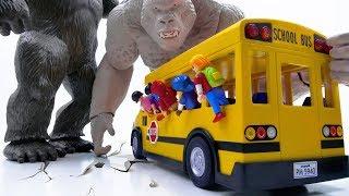 Power Rangers & Marvel Avengers Toys Pretend Play | KING KONG & GORILLA Attack School Bus!!!