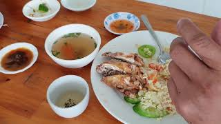 Eating Delicious Breakfast With My Friend - Cambodian Cheap Street Food