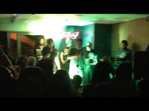 Chicharrón con Pelos - Miseria Cumbia Band en Don Chicharron