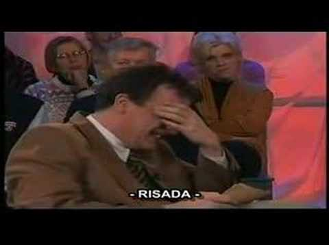 Apresentador rindo de entrevistado (Legendado)