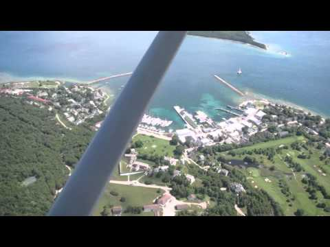 Landing at Mackinac Island airport KMCD