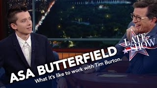 Asa Butterfield Imitates Director Tim Burton