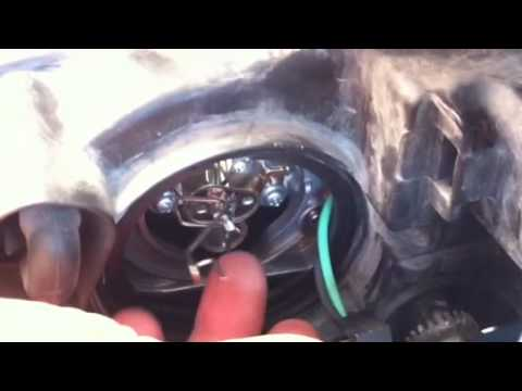 Change Headlight '06 Hyundai Sonata; No Tools Required