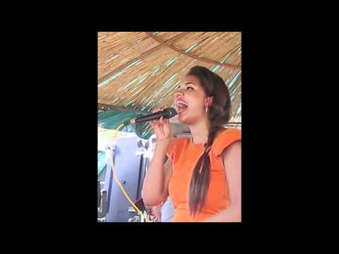 LeaLea Jones performing live at Soundwave festival, Croatia | UK RnB, Vocal House