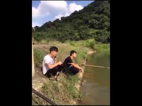 videos chistosos Chinos  pescando broma  2016