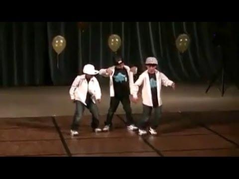 Anak Kecil Pandai DANCE Dengan Gaya Robot