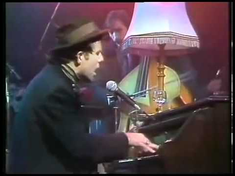 Tom Waits - Cemetery Polka
