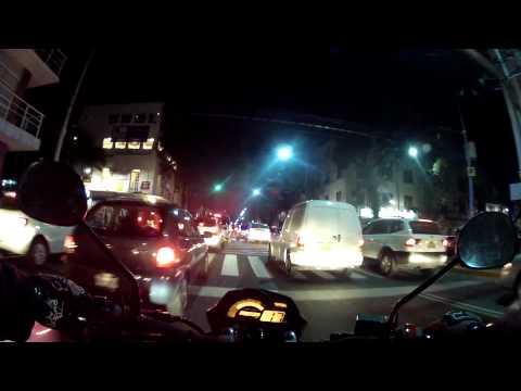 Yamaha FZ-16 - De Noche en la Ciudad de Mexico