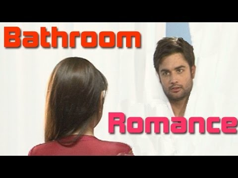 RK and Madhubala LOVE scenes !! RK & MADHUBALA HOT BATHROOM...