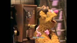 Muppet show backstage running gag clips