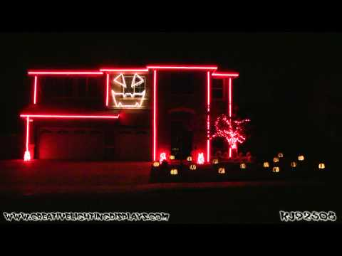 Halloween Light Show 2011 - Disney