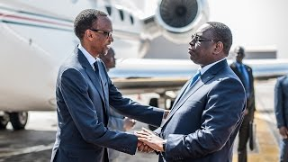 President Macky Sall welcomes President Kagame to Dakar