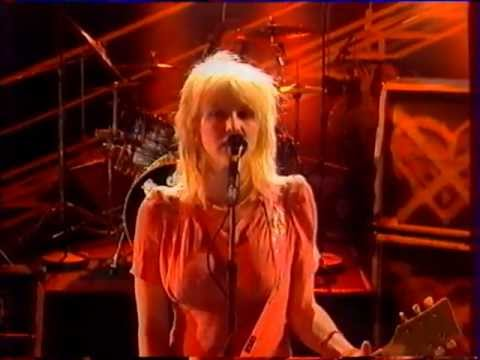 Hole doll parts live nulle par ailleurs french tv show courtney love