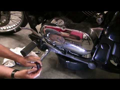 How to change motorcycle oil.  Kawasaki Vulcan