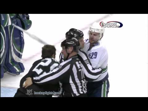 Aaron Rome vs Ryane Clowe Apr 8, 2010