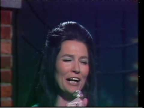 Loretta Lynn - Deep As Your Pocket