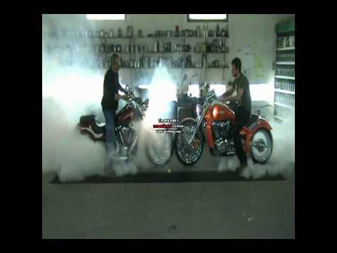 Sumo-x M109 vs Yamaha Raider Burnout.wmv Video