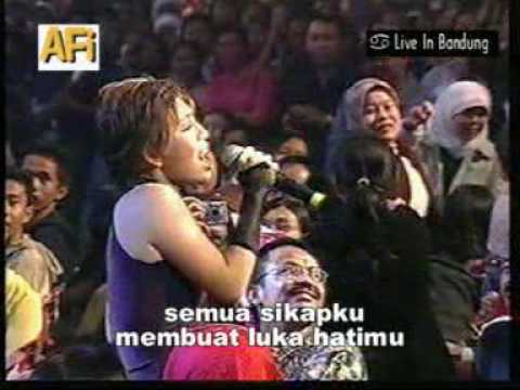 Konser Menuju Bintang AFI 1 Bandung - Salahkah Ku (Icha AFI)