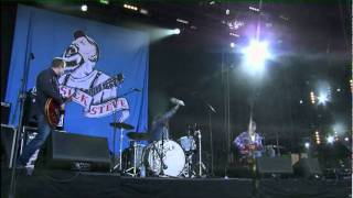 Seasick Steve @ Isle of Wight 2011 with John Paul Jones: Thunderbird
