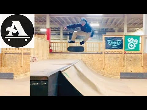 HEAVY 8 minutes of SKATEBOARDING - skaters edge skatepark taunton ma