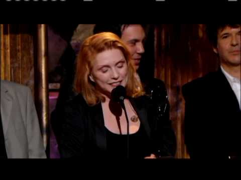 Blondie accepts Induction 2006