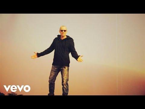 Music video by Biagio Antonacci performing Ti penso raramente. (C) 2014 Sony Music Entertainment (Italy) SpA.