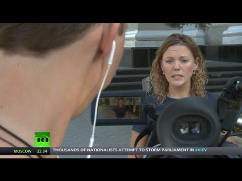 NewsTeam: 'Suicide' reporting from Russian-Ukraine border (E44)