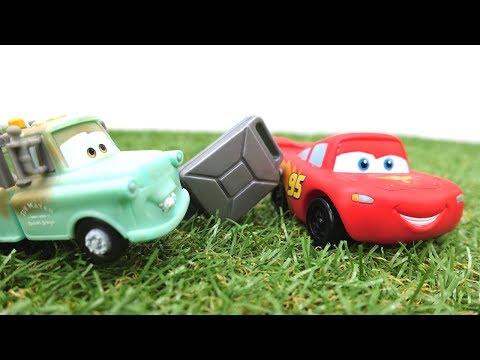Машинки для мальчиков - Маквин и гонки машинок