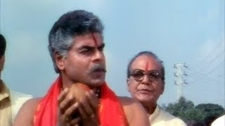 My Boss - Big Boss Malayalam Movie Scenes - Chiranjeevi killing Sharat Saxena & Srhari - Meena, Roja