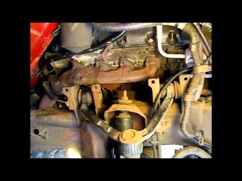 Removing the exhaust manifold from a 5.4L Ford F150 part 2 removing hardware