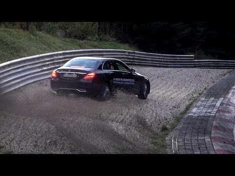 Nordschleife 08 10 2016 - Saturday Evening Highlights & Almost Crash - Touristenfahrten Nürburgring
