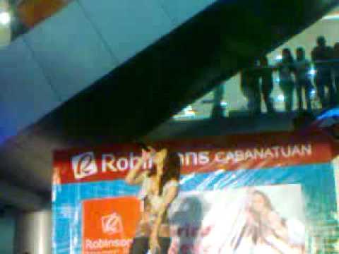 Maricar Reyes At Robinson's Cabanatuan video