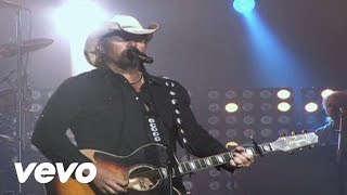 Watch Toby Keith Made In America video