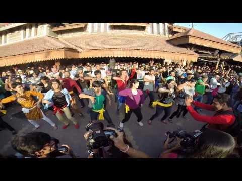 Yaariyan's Flash Mob 2014