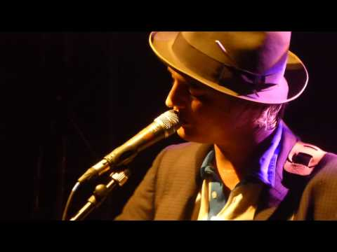 Pete Doherty - Music when the lights go out @ la Flèche d'Or 2014 | by Isatagada