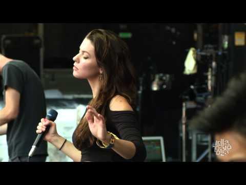 Meg Myers 2014 Lollapalooza Full Set