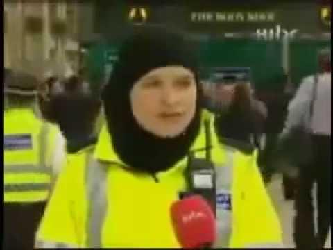 اللهم أعز الاسلام والمسلمون أخيراً حجاب في شرطة لندن.mp4