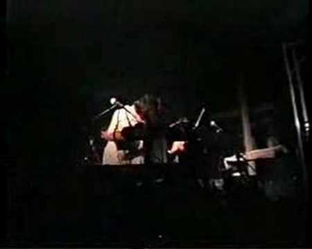 Gorky's Zygotic Mynci - Sweet Johnny (live in Italy 1999)
