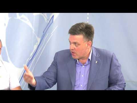 Олег Тягнибок у Бердянську. Про політику, олігархів і українське майбутнє