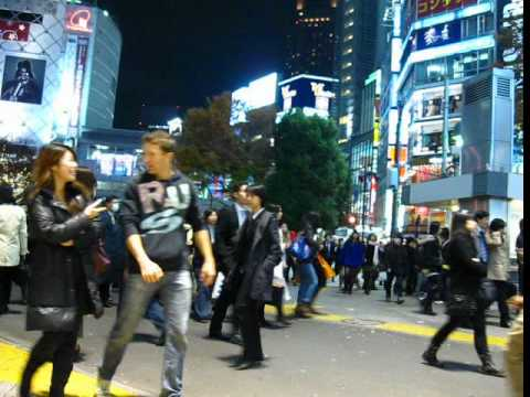 Tokyo Fashion 2011 2012 – Winter Clothes Collection – People Watching @ Shibuya – Phil in Bangkok