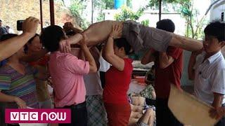 Khó cấm cách chữa bệnh của bà Phú   VTC