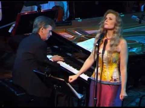 AMERICAN JAZZ SINGER - Tierney Sutton -- (Part 1)