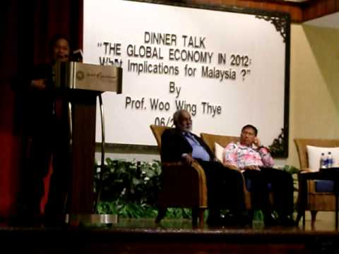 "MPKj DinnerTalk3: ""The Global Economy in 2012: What implications for Malaysia?"" 220611"