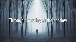 Download Lagu I Am Not Alone - Kari Jobe - with Lyrics Gratis STAFABAND